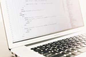 Qu'il s'agisse de PLC, d'app ou d'un autre type de logiciel, la localisation par Traduttrissimo vous garanti une expérience utilisateur infaillible.